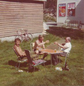 Farsan,Lennart och Tideman groggar